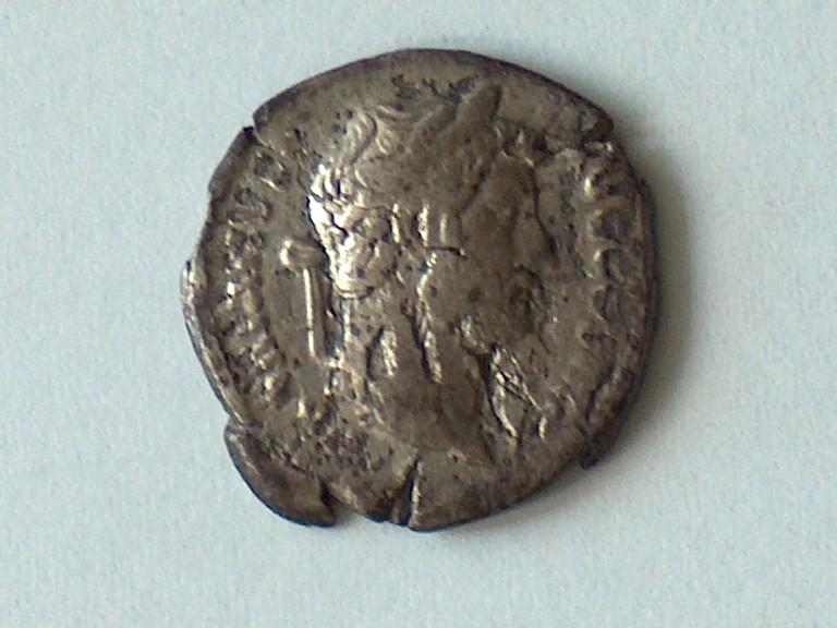 Denier Hadrien 16 1610