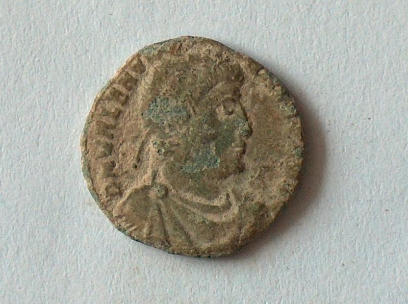 Petit bronze Valentinien I 21 2110