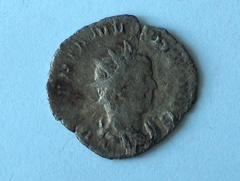 Antoninien à identifier 44 4410