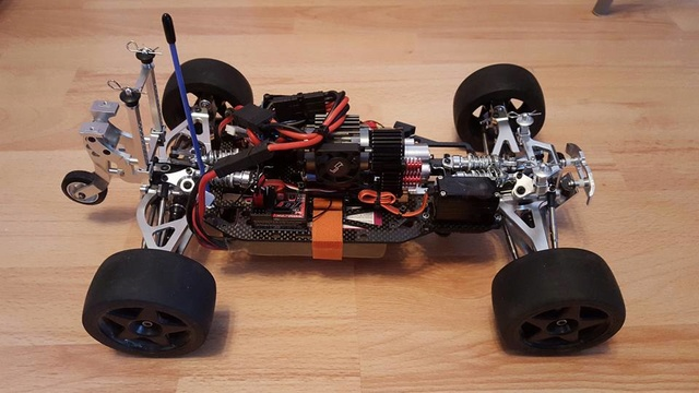 E-Revo's 1/16 Brushless 3S (380/540) - Page 17 12661710