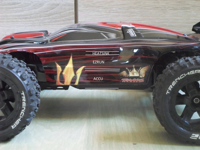 E-Revo's 1/16 Brushless 3S (380/540) - Page 17 214