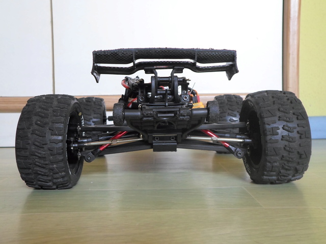E-Revo's 1/16 Brushless 3S (380/540) 711