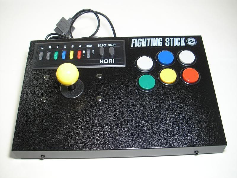 Les pads et sticks que vous utilisez pour vos consoles, vos avis et retours  Horifi10