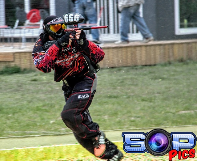 Clinik paintball Tyler Carnage (France / 86) Tylerc10