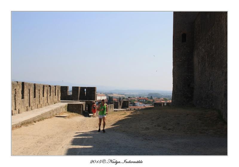 Carcassonne, et sa cité Cadrer28