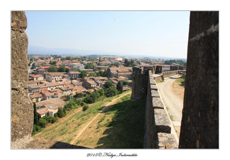 Carcassonne, et sa cité Cadrer32