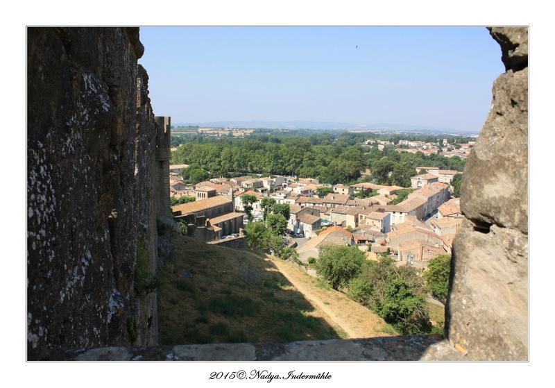 Carcassonne, et sa cité Cadrer33