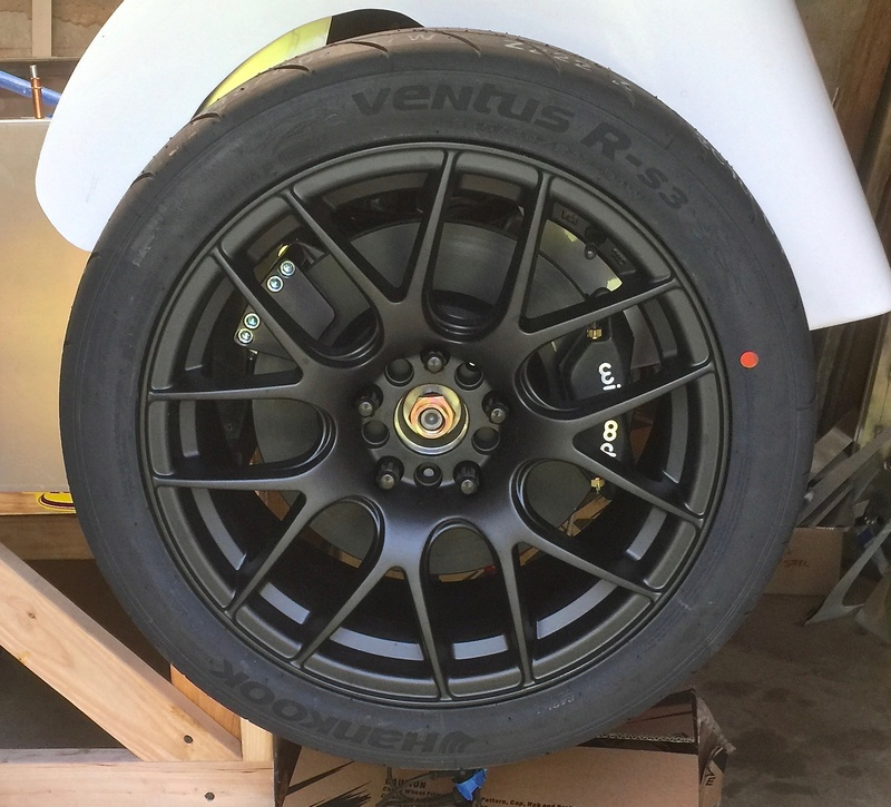 Classic R #27 Build - Wheels and Tires Tires-10