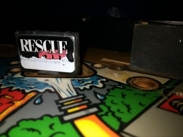 Recherche Décal Kicking Target - Rescue 911, Gottlieb Img_2011