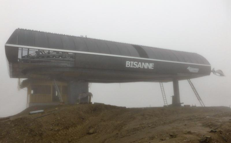 Construction du télésiège débrayable 6 places (TSD6) de Bisanne - Page 2 35278510