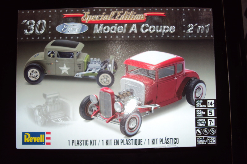 Revell Ford 30 coupé model A 2N1 Dsc01855
