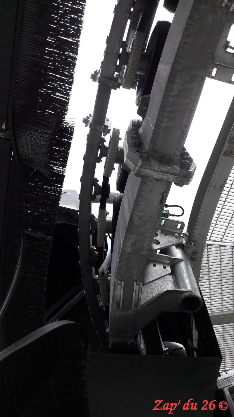 Construction du télésiège débrayable 6 places (TSD6) La Voie Lactée et du télésiège fixe 4 places (TSF4) de l'Ourson 20160920