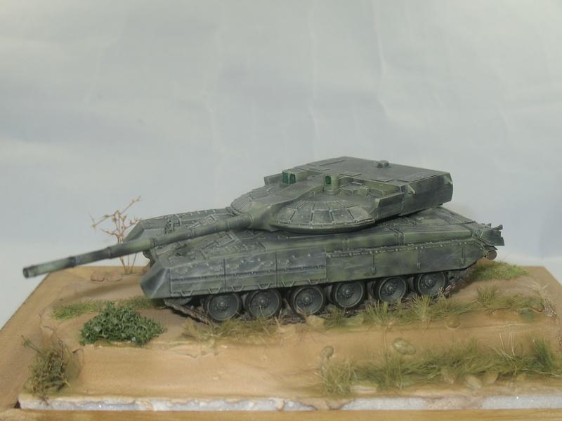 T-80UM2 black eagle [Model Collect 1/72] Img_2410