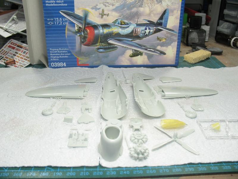 [Revell] P-47M 1:72 #03984 Img_2512