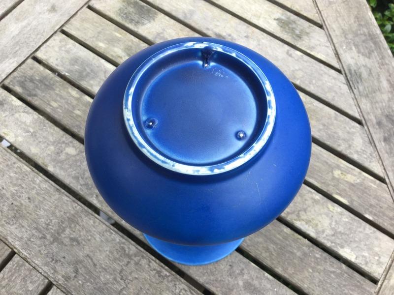 Royal Lancastrian / Mintons / Clews? - blue vase Image_15