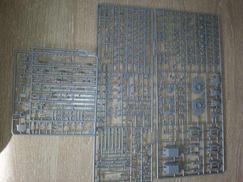 Revell Bismarck 05144 in der Platinum Edition 1:350 mit 2085 Teilen 2710