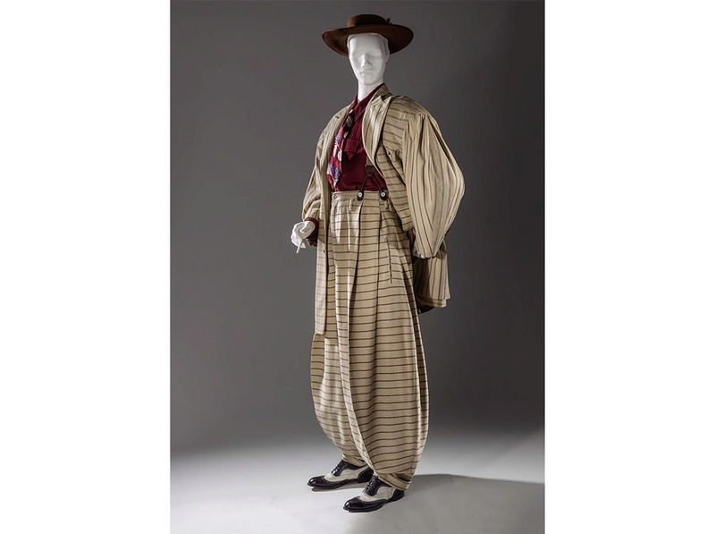 Zoot Suit: The fashion started by African American men and overtime grew popular with white and mexican men.  Once seen by many white and mexican parents as gangsta fashion Apr20110