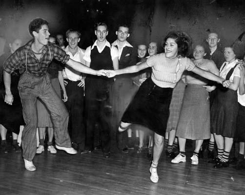1912 To 1940s dances: The swing, charleston, cake walk, the blues, the break away AND Jitterbug Breaka10