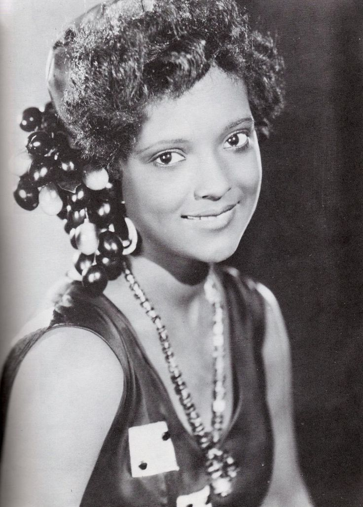 Nina Mae McKinney: History of The Black Pinup: Nina McKinney De316010