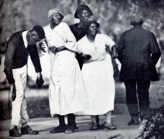 1912 To 1940s dances: The swing, charleston, cake walk, the blues, the break away AND Jitterbug Ring-s10