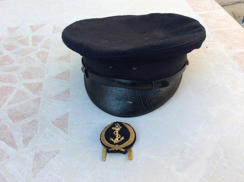Casquette, boutons pattes de col, insigne aéronavale années 60- ESC 1 baisse TERMINEE  Img_1312
