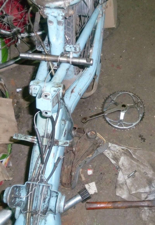 HYBRIDE MOTOCONFORT AU 79 1957-59 vélocifié ! Cimg4324
