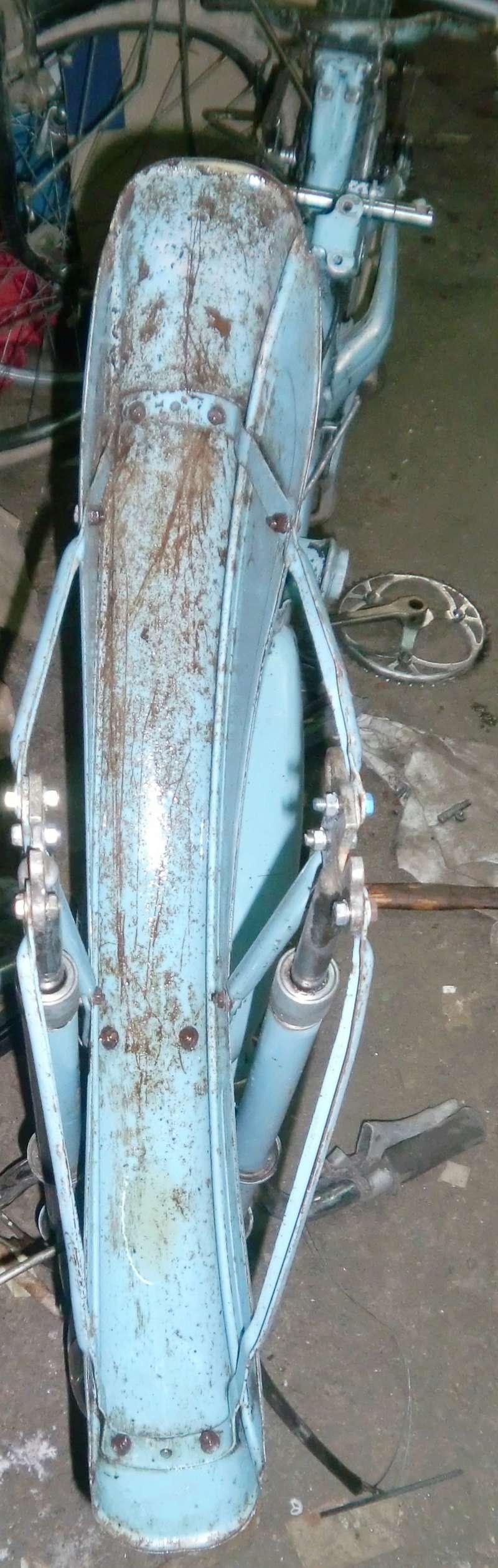 HYBRIDE MOTOCONFORT AU 79 1957-59 vélocifié ! Cimg4325