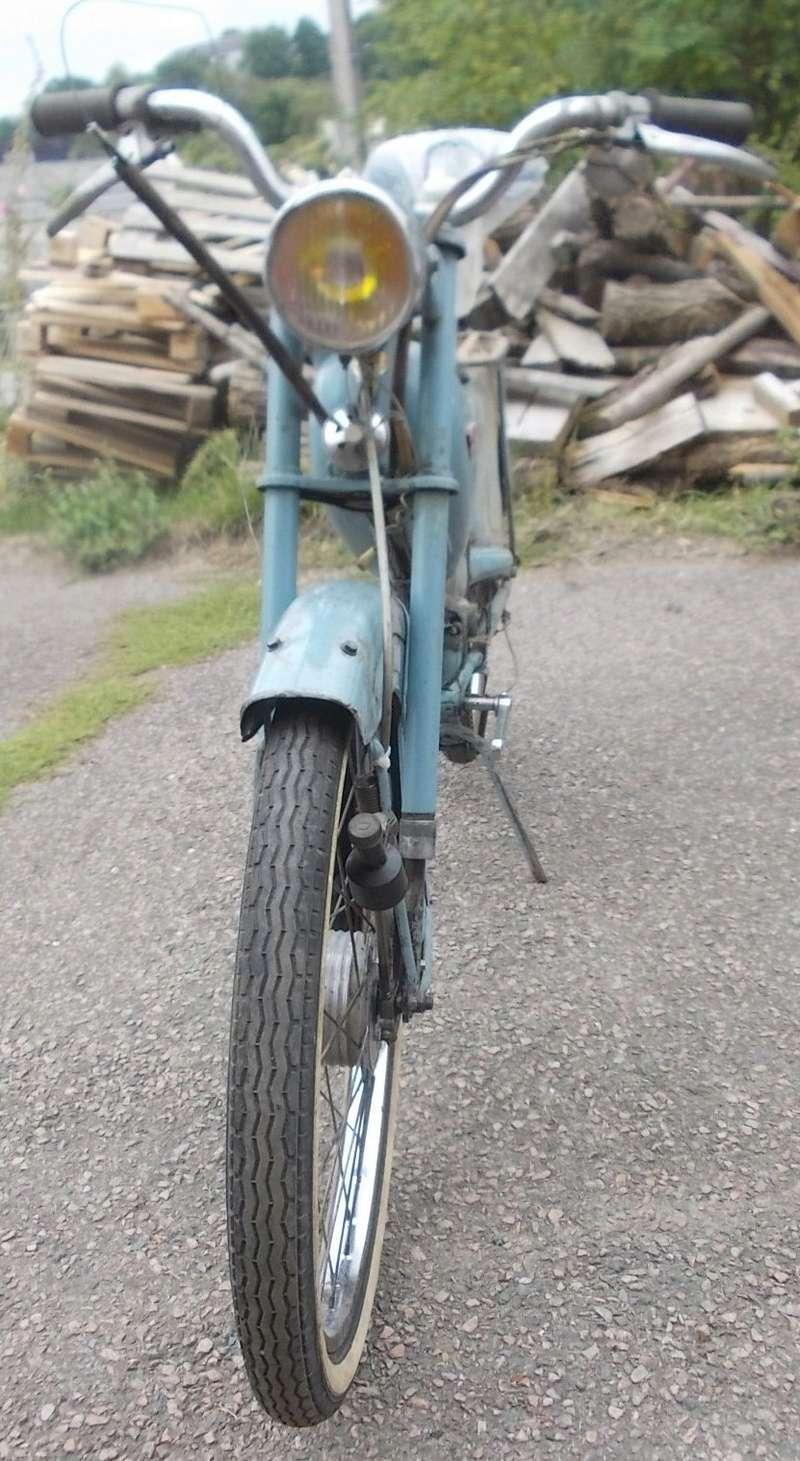 HYBRIDE MOTOCONFORT AU 79 1957-59 vélocifié ! Dscn8712