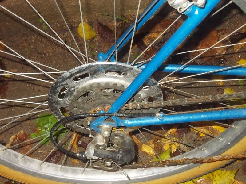 VTT Le MONTAGNARD 15 vitesses 1984-86  Dscn9243