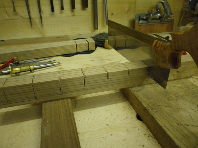 The Saw Till ou l'étagère à scie - Page 3 Imgp0711