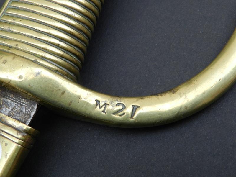 identification poinçon briquet an IX Dscn9911