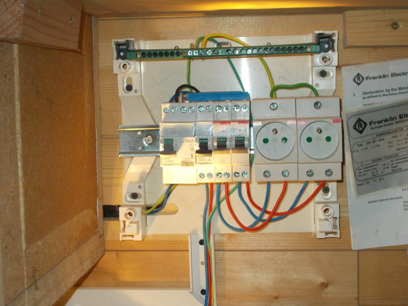 Mon/mes atelier et diverses réalisations (affutage foret au drill doctor) Dscn0913