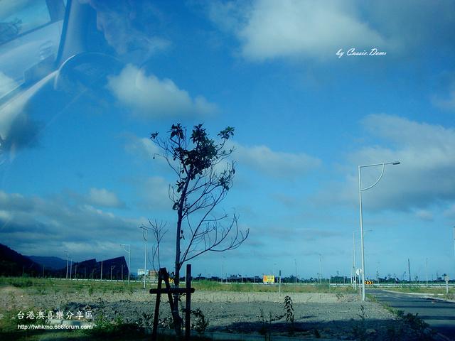 【宜蘭旅遊 | 頭城 | 烏石港 | 海景】旅途中的龜山島 Dsc02513