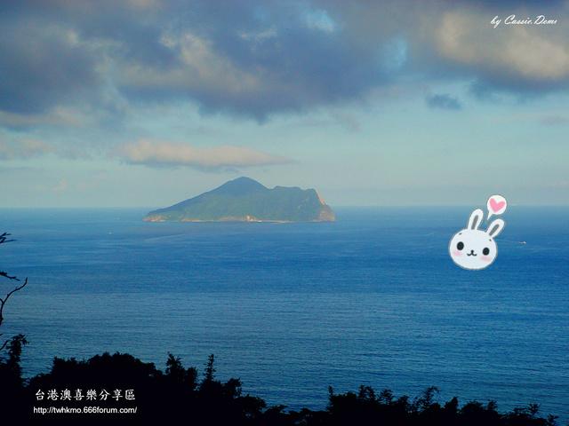 【宜蘭旅遊 | 頭城 | 烏石港 | 海景】旅途中的龜山島 Dsc02525