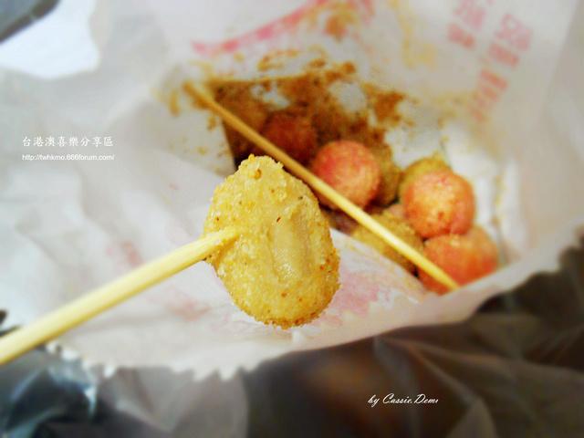 【小吃攤販 | 古早味 | 銅板美食 | 台北】炸湯圓裹花生粉好對味 ❤ 台灣古早味特色小吃 Dscn0917