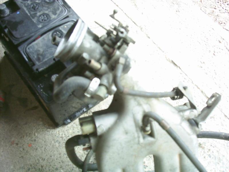 [ Renault 19 cabriolet an 1990 ] problème régime moteur à chaud  Pic_0010