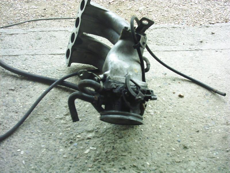 [ Renault 19 cabriolet an 1990 ] problème régime moteur à chaud  Pic_0011