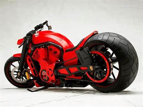 Les motos que vous auriez aimé avoir (par catégories) + sondage - Page 2 The1ch10
