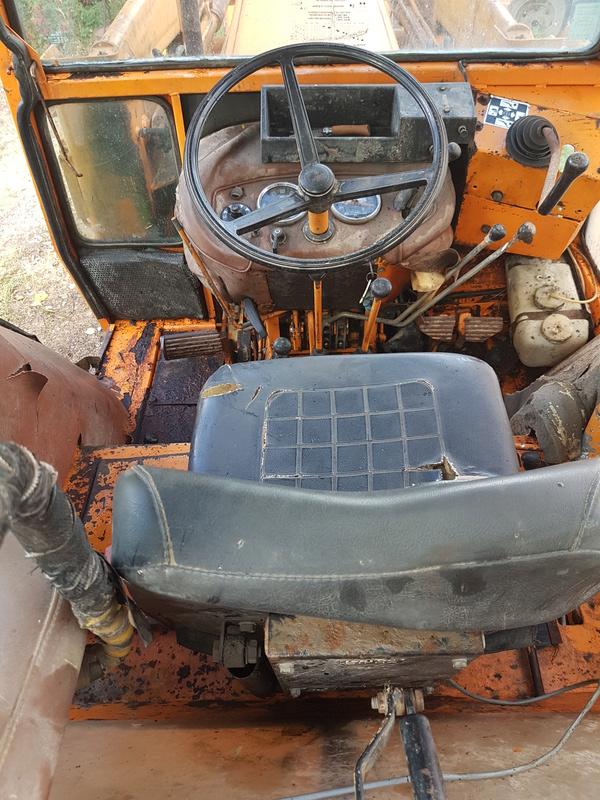 Tracteur Renault 782 DDE  20160811