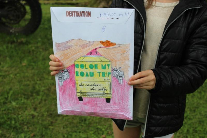 Color My Road Trip - Page 7 Jolie_10