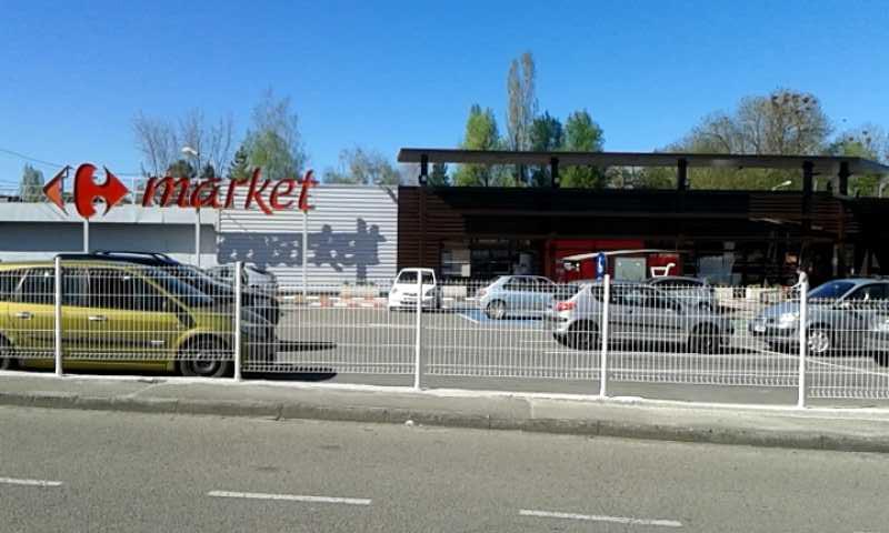 La vie des commerces à Mirecourt  Market15