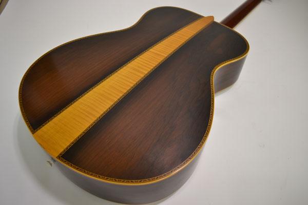 Cherche guitare Yamaha LS 16 - (Années 2004 à 2010) Fg_15011