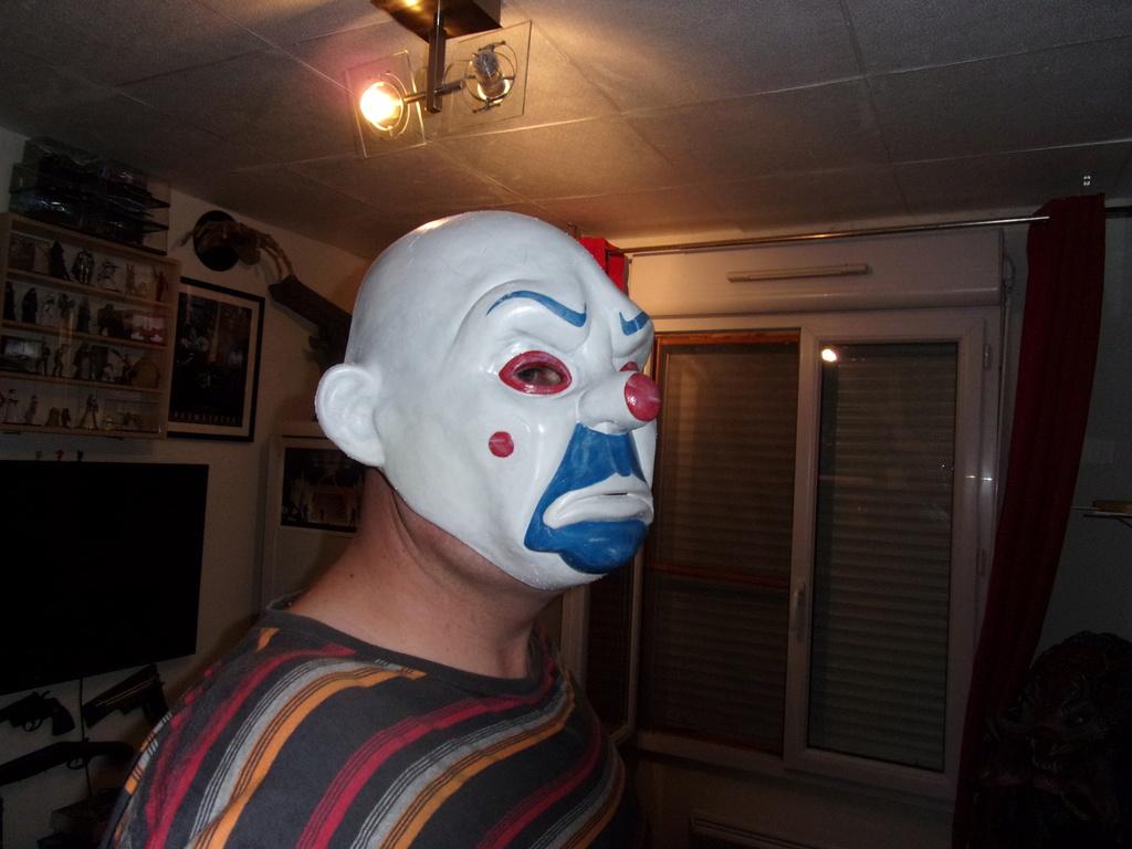 Collection n° 538 : Ufomaniaquedu59  - Page 15 Joker_15