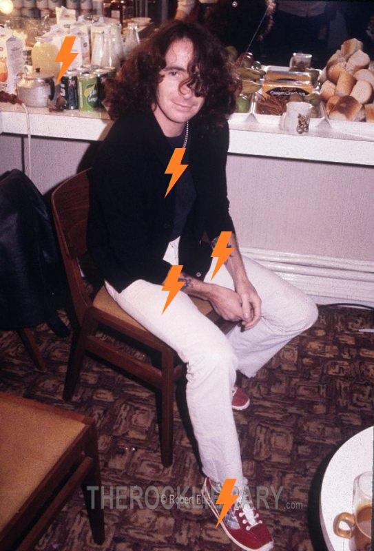 1980 / 01 / 27 - UK, Southampton, Gaumont Theatre 413
