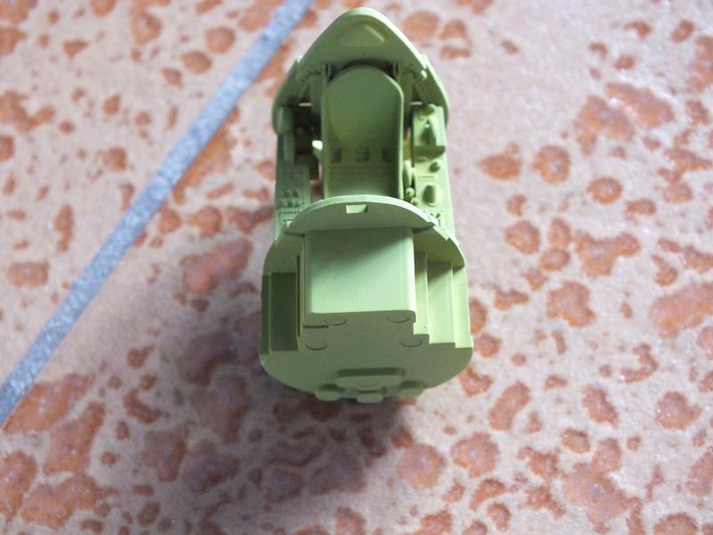 Corsair F4AU-1A 1/48 Tamiya réf.61070 décoration spécifique à mon pseudo............ Dscf0231