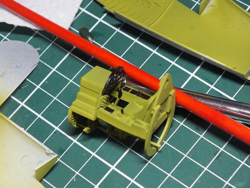 Corsair F4AU-1A 1/48 Tamiya réf.61070 décoration spécifique à mon pseudo............ Dscf0233
