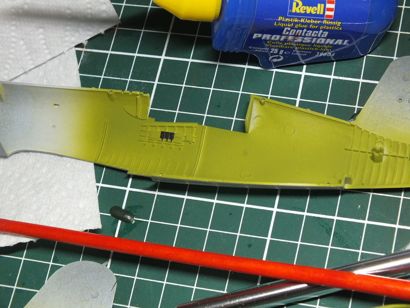 Corsair F4AU-1A 1/48 Tamiya réf.61070 décoration spécifique à mon pseudo............ Dscf0236