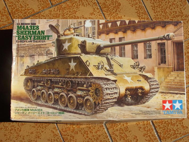 "Sherman M4A3E8 Tamiya réf. 35346 Déco Fury avec Kit Verlinden ""Fury"" Dscf0315"