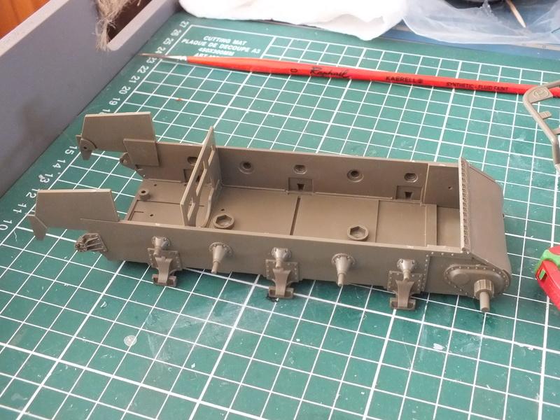 "Sherman M4A3E8 Tamiya réf. 35346 Déco Fury avec Kit Verlinden ""Fury"" Dscf0319"