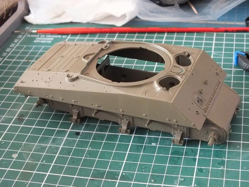 "Sherman M4A3E8 Tamiya réf. 35346 Déco Fury avec Kit Verlinden ""Fury"" Dscf0322"